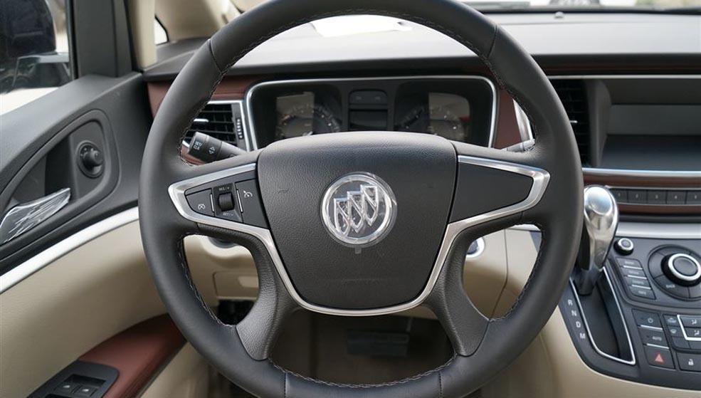上海名流GL8豪华商务车最高优惠8.8万元